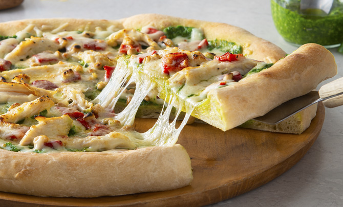 Chicken, Pesto and Roasted Red Pepper Pizza