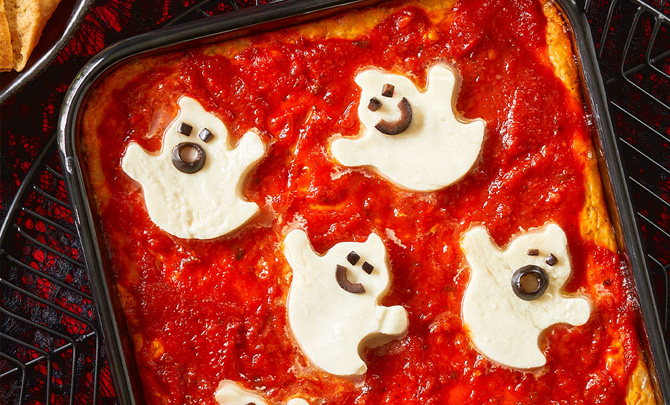 Mozzarella Ghost Pizza Dip